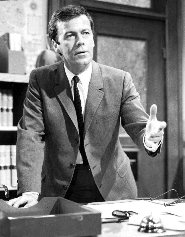 Gordon Pinsent stars in Quentin Maverick MP. 1966 (CBC) stratford festival legacy award 2016