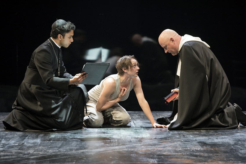 Shaw Festival saint joan, review, Andrew Lawrie, sara topham, Jim Mezon